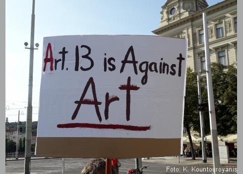 Tschechen wollen gegen Art. 13 der Urheberrechtsreform demonstrieren.